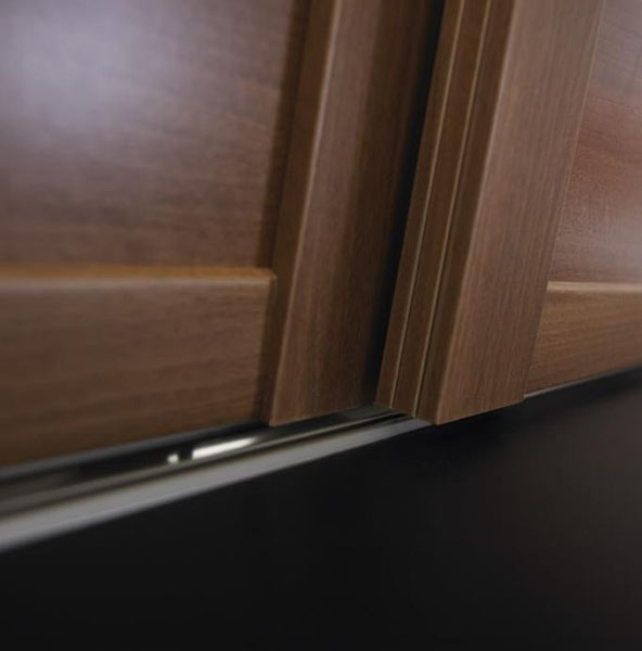 Detail shot of the side profile of the shaker door system